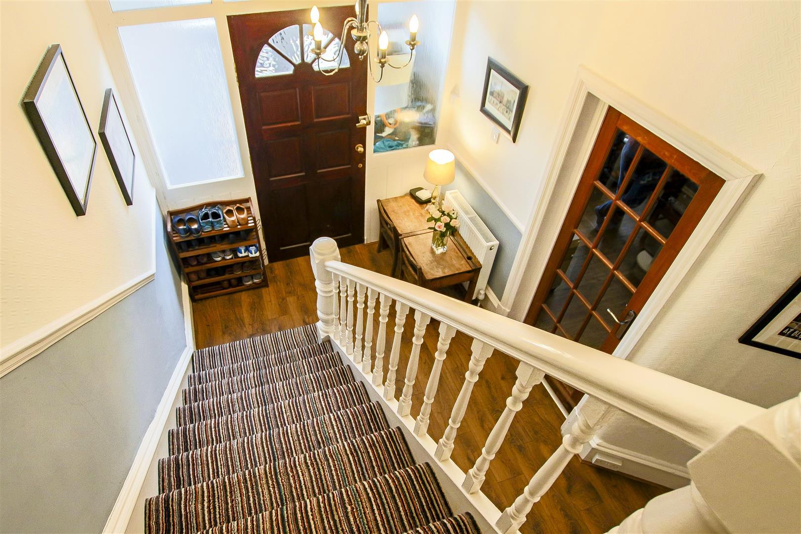 4 Bedroom Semi-detached House For Sale - 43.jpg
